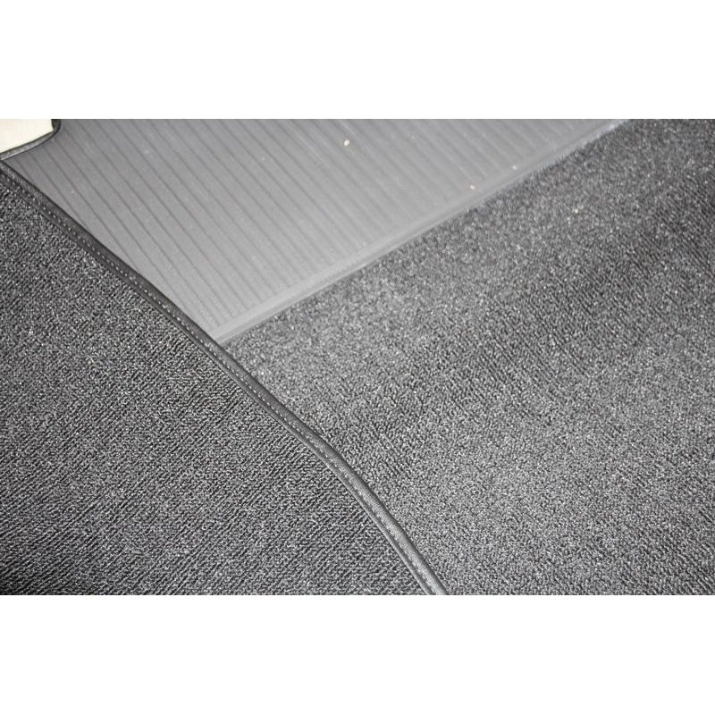 18 teiliger schwarzer teppichsatz teppich schlingenware f r m. Black Bedroom Furniture Sets. Home Design Ideas