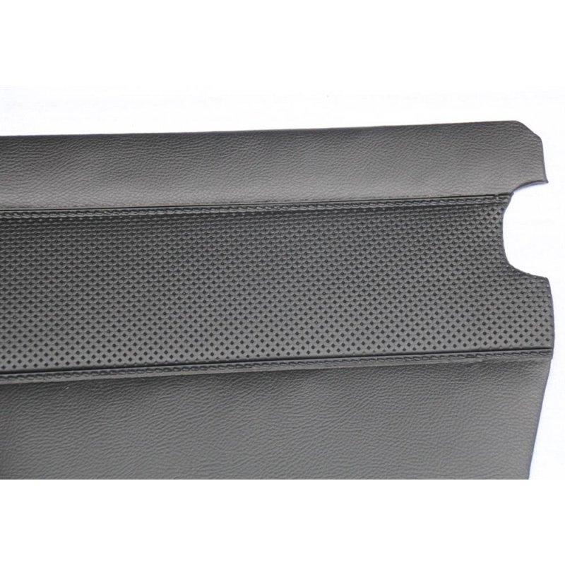 schwarze t rverkleidungen f r mercedes w110 oldtimer. Black Bedroom Furniture Sets. Home Design Ideas