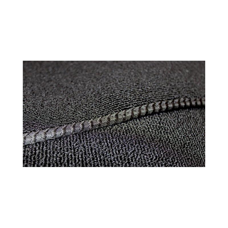 schwarzer teppichsatz teppich schlingenware f r mercedes w108 sc. Black Bedroom Furniture Sets. Home Design Ideas